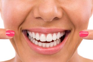 Toronto Dentist - Smile Makeovers